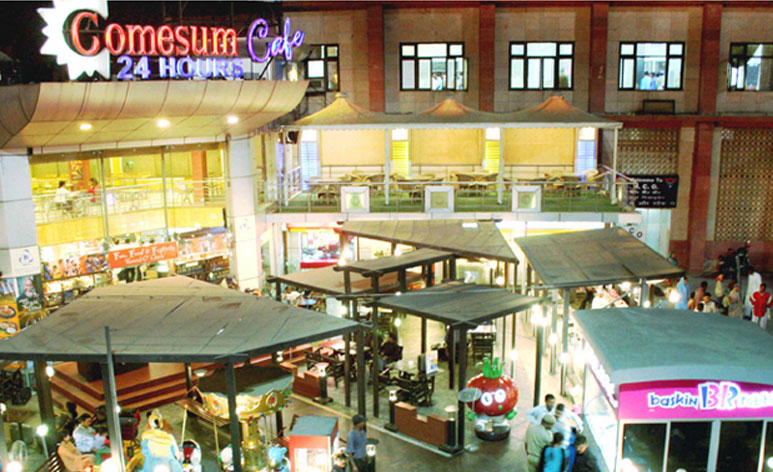 Comesum, Multiple outlets ,nizamuddin, delhi