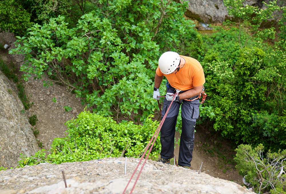 Rock Climbing and Rappelling in Rishikesh,Adventure sports in Rishikesh
