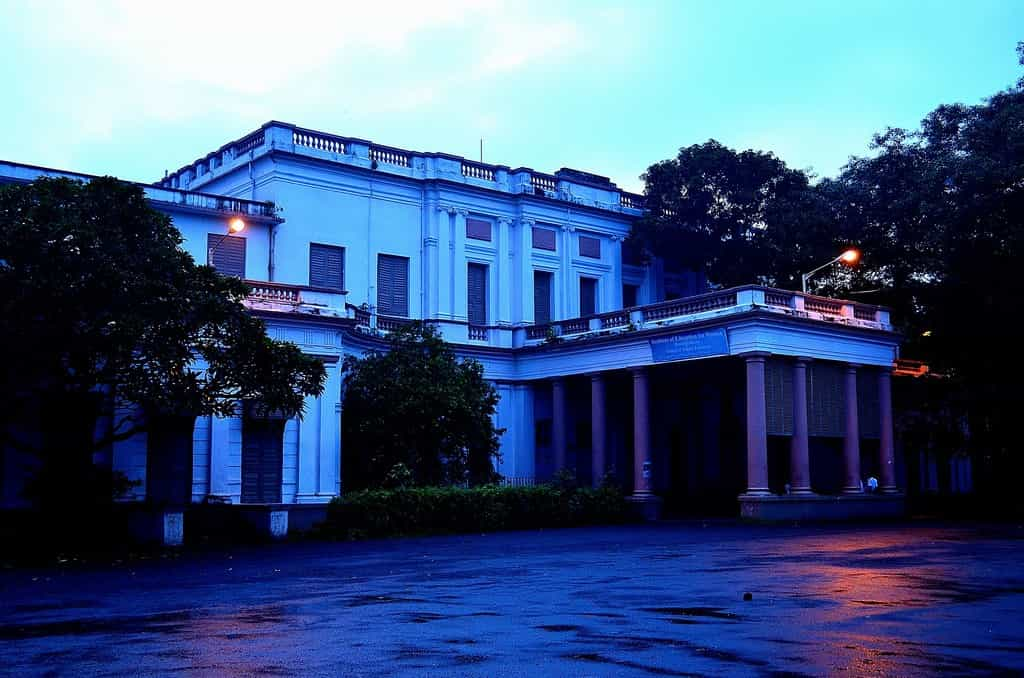 Hastings House - Scary Places in Kolkata