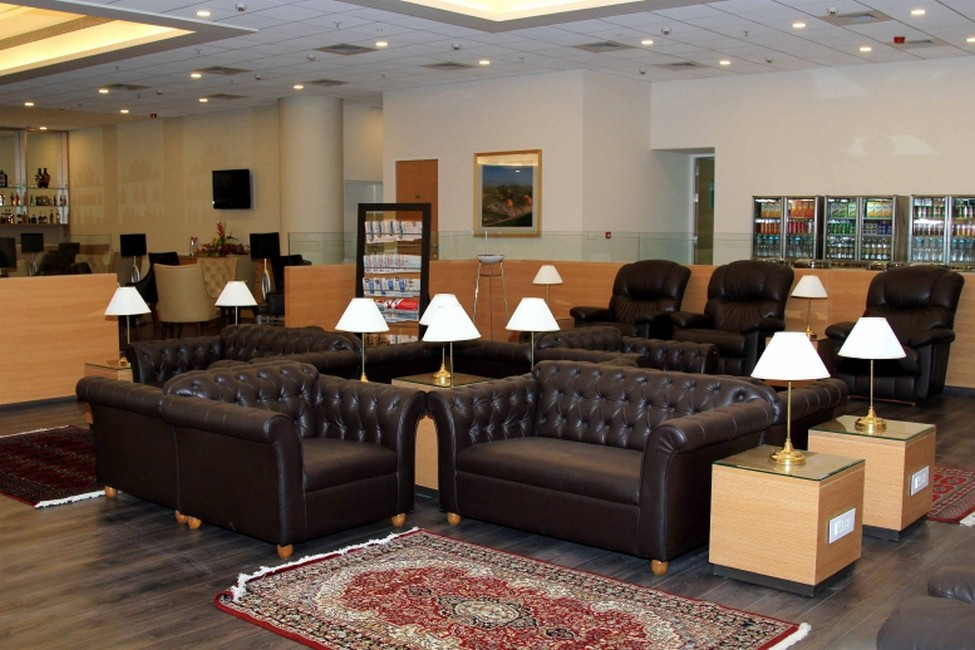 Make Good Use of Lounges | Things to do at Mumbai Airport