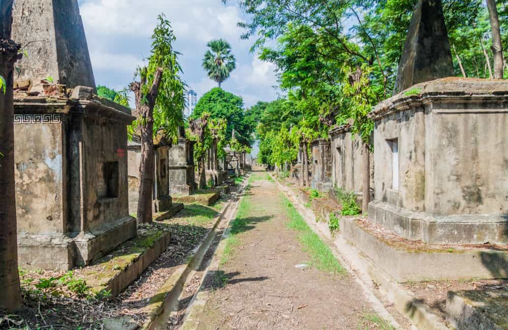 10. Park Street Cemetery – Top Haunted Places in Kolkata