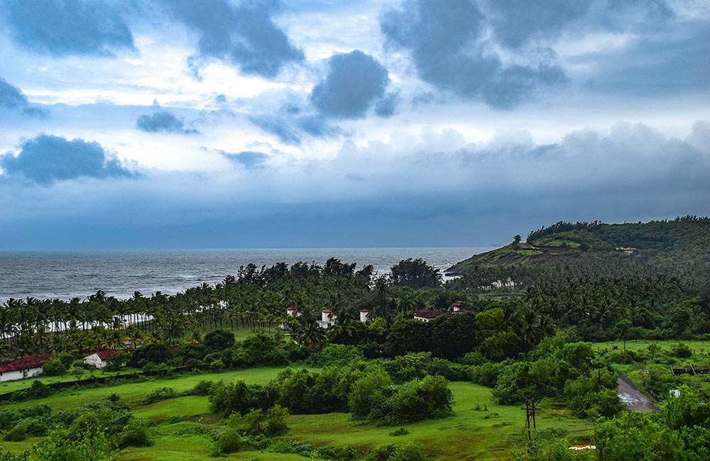 Monsoon Weekend Getaway Near Mumbai within 400 Km