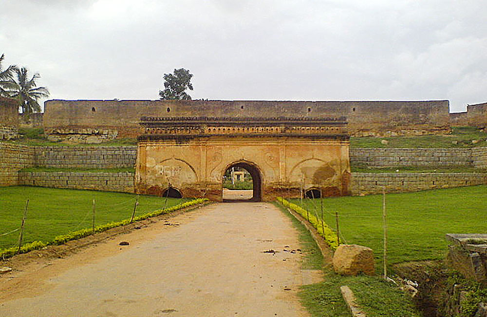 Explore the heritage of Bangalore at Devanahalli Fort