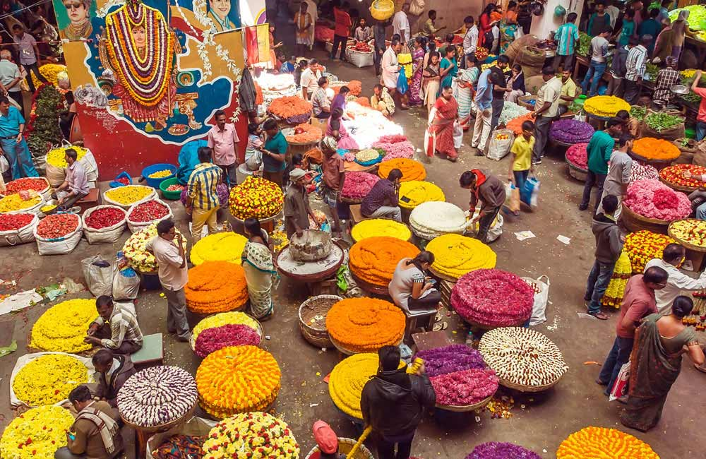 Commercial Street, Bangalore | Most Iconic Markets in India for Shopping