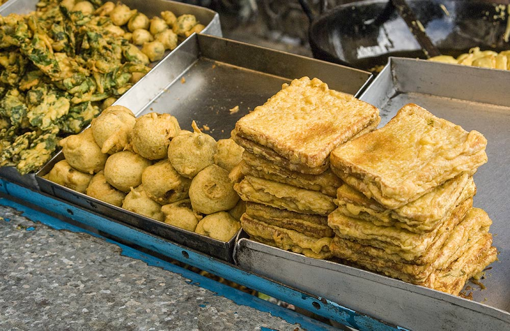 Batata Vada | Street food in Mumbai