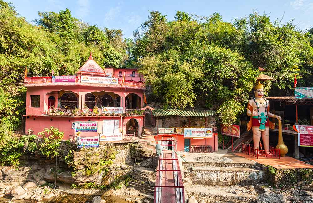 Tapkeshwar Temple | Things to Do in Dehradun