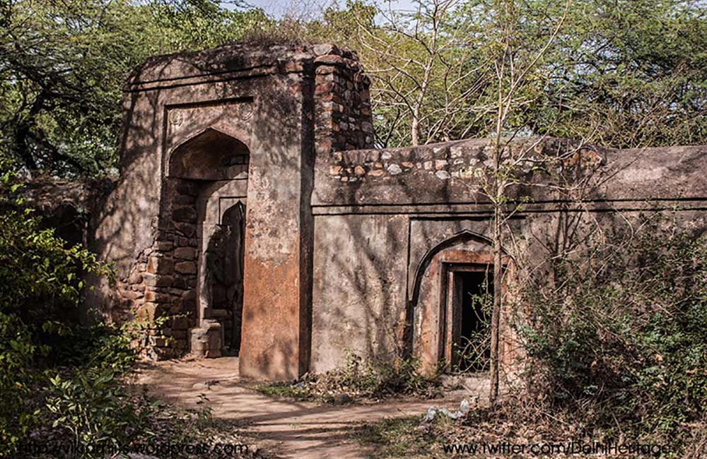 Bhuli Bhatiyari Ka Mahal | Haunted Places in Delhi