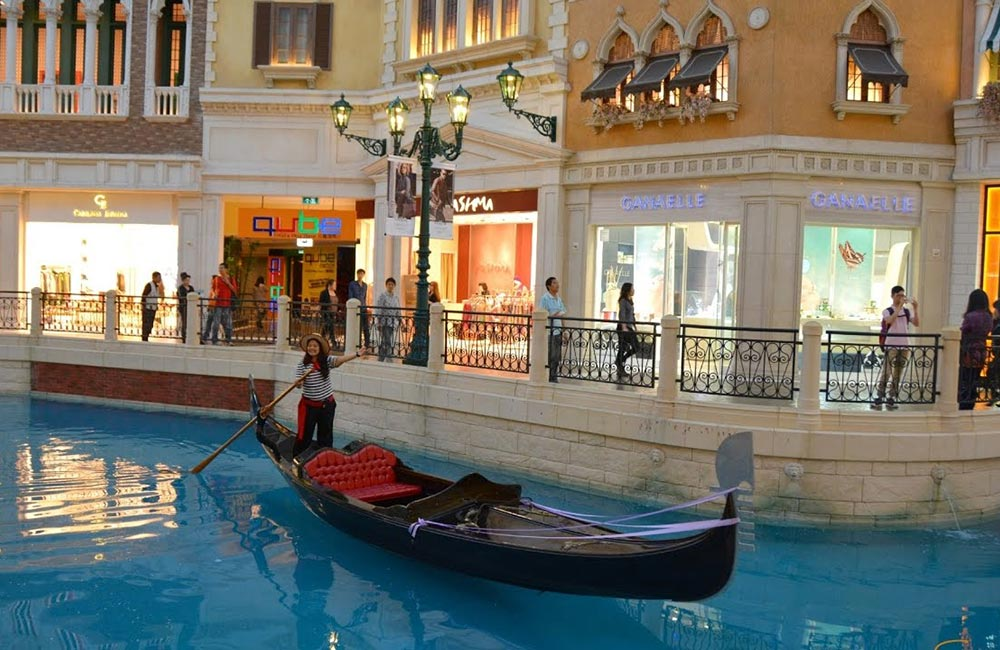 The Grand Venice Mall | Best Places to Hangout in Noida