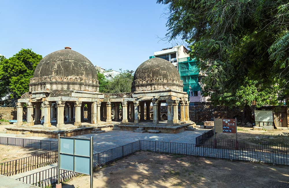 Hauz Khas | Best Bollywood Locations in India