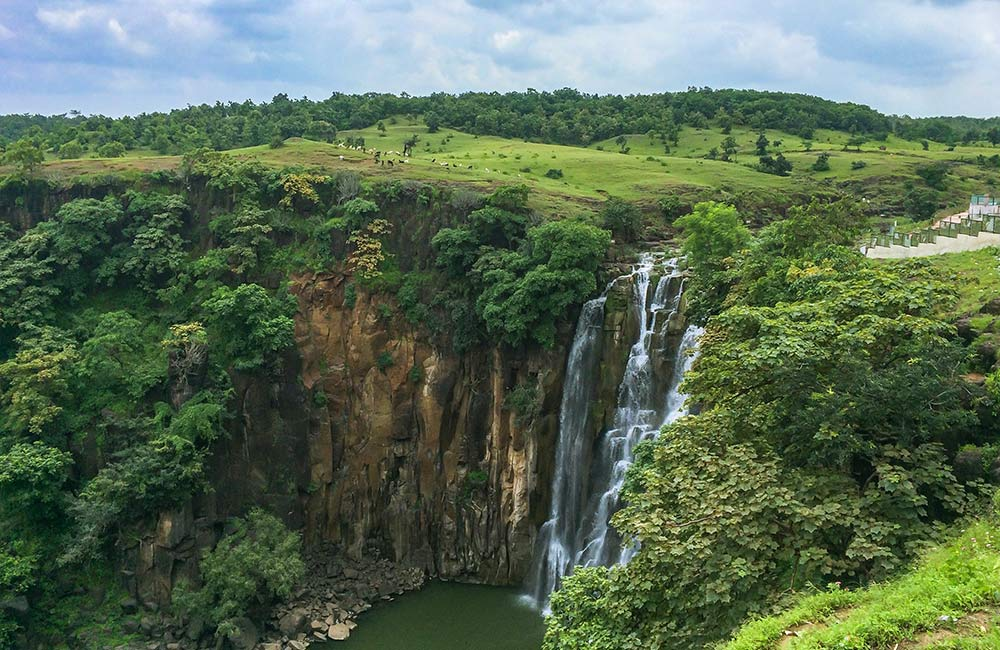 Tincha and Patalpani Waterfalls |  #8 out 10 Best Places to Visit in Indore