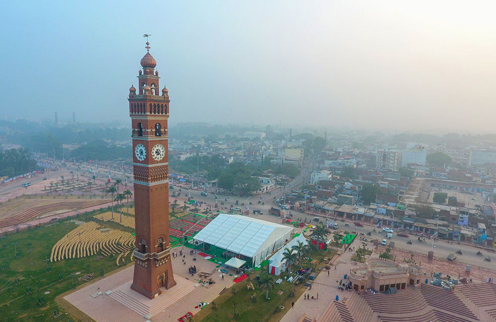 Hussainabad Clock Tower | historical places in Lucknow
