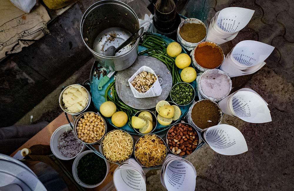 Jhalmuri | Street Foods in Kolkata