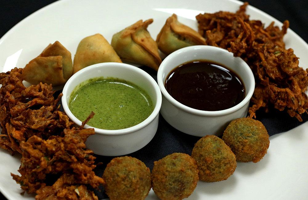 Peyaji   Street food in Kolkata