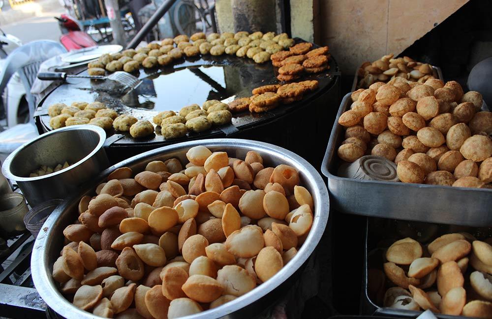 Phuchka | Street Foods in Kolkata