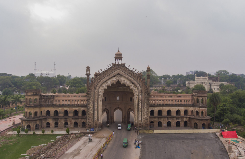 Rumi Darwaza | historical places in Lucknow