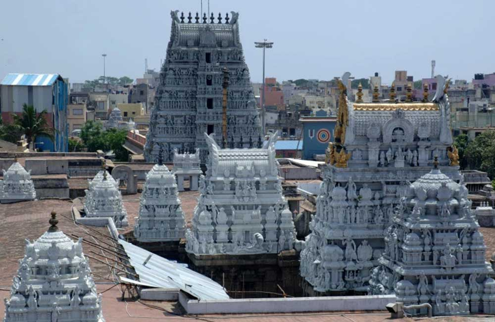 Sri Parthasarathy Temple | Best Places to Visit in Chennai