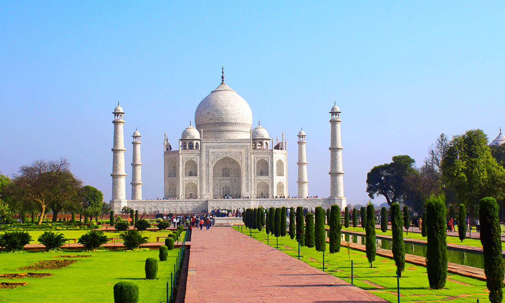 Taj Mahal | Best Places to Visit on Agra Trip
