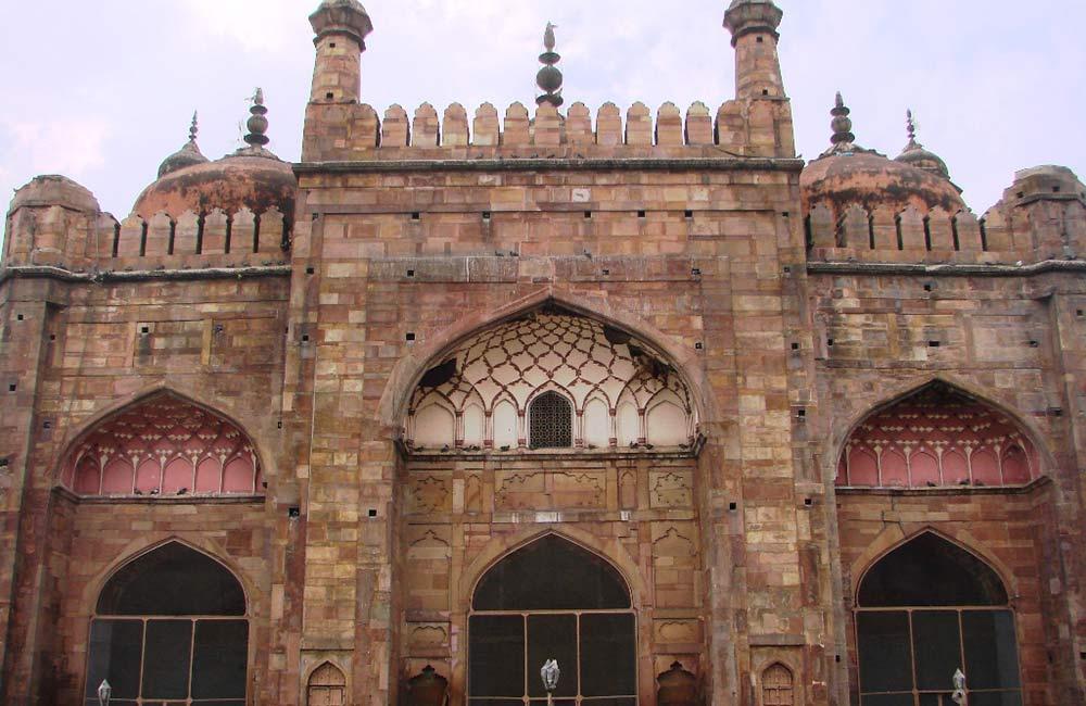 आलमगीर मस्जिद |  वाराणसी में घूमने की जगहें