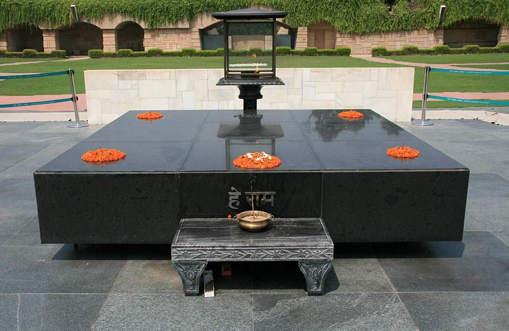 Pay Homage at Raj Ghat  | Things to do in Delhi on Independence Day