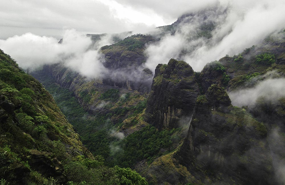 Tamhini Hill | Among the best romantic places near Pune