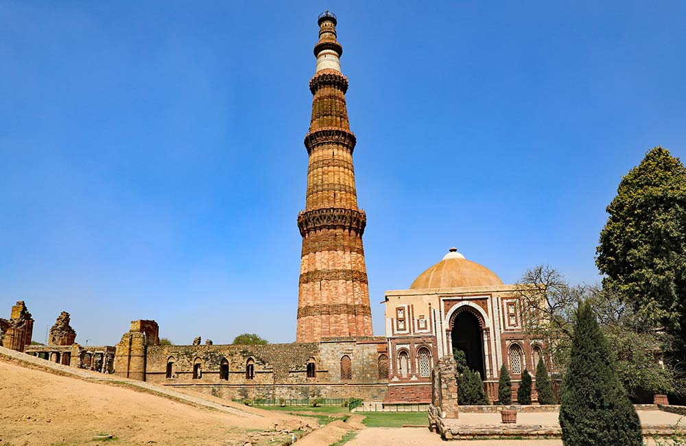 Qutub Minar | Among The Best Historical Places in Delhi
