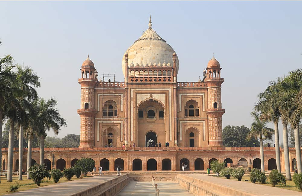 Safdarjung Tomb | Among The Best Historical Places in Delhi