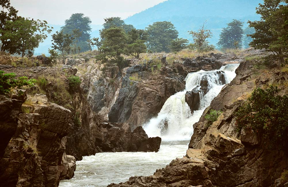 Hogenakkal Falls | Among The Best Waterfalls Near Bangalore withing 200 km
