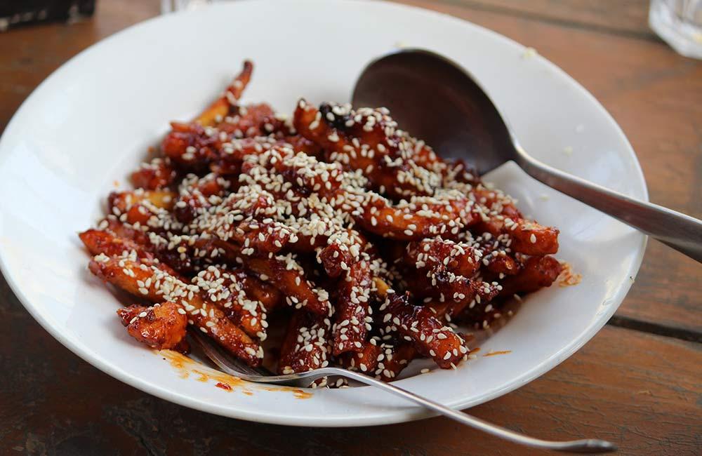 Honey Chilli Potatoes | Among the Best Street Foods in Delhi