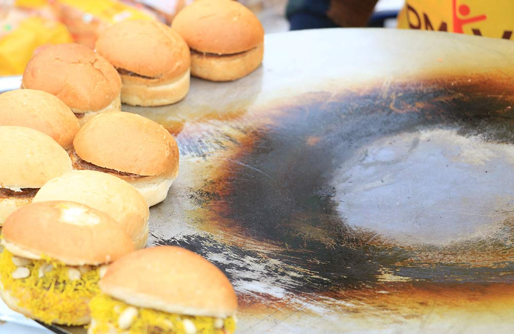 Desi Burgers | Among the Best Street Foods in Delhi