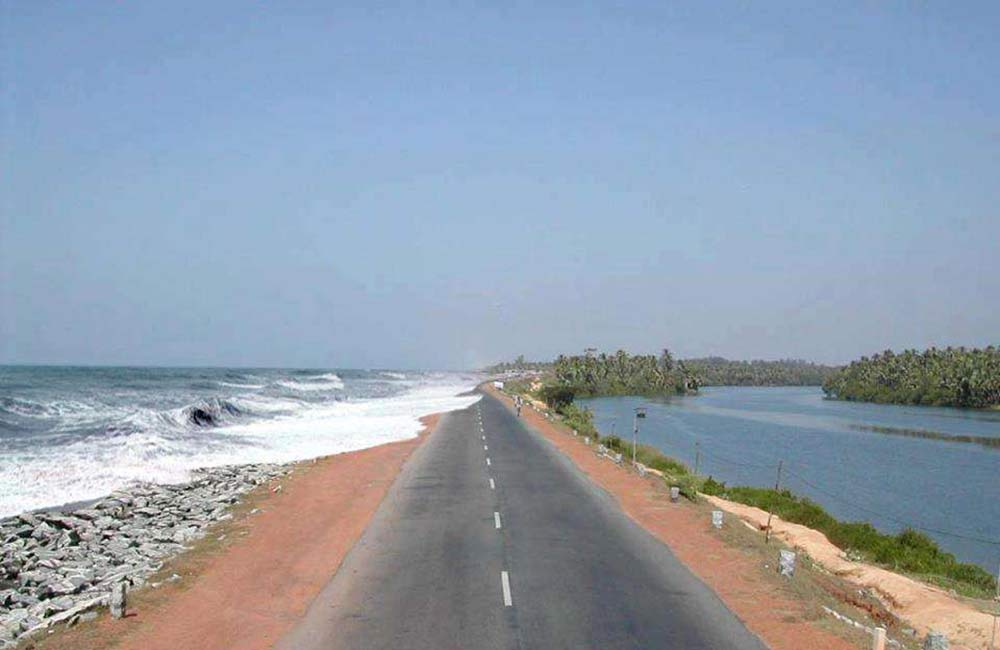 Maravanthe Beach | Beaches near Bangalore within 500 km