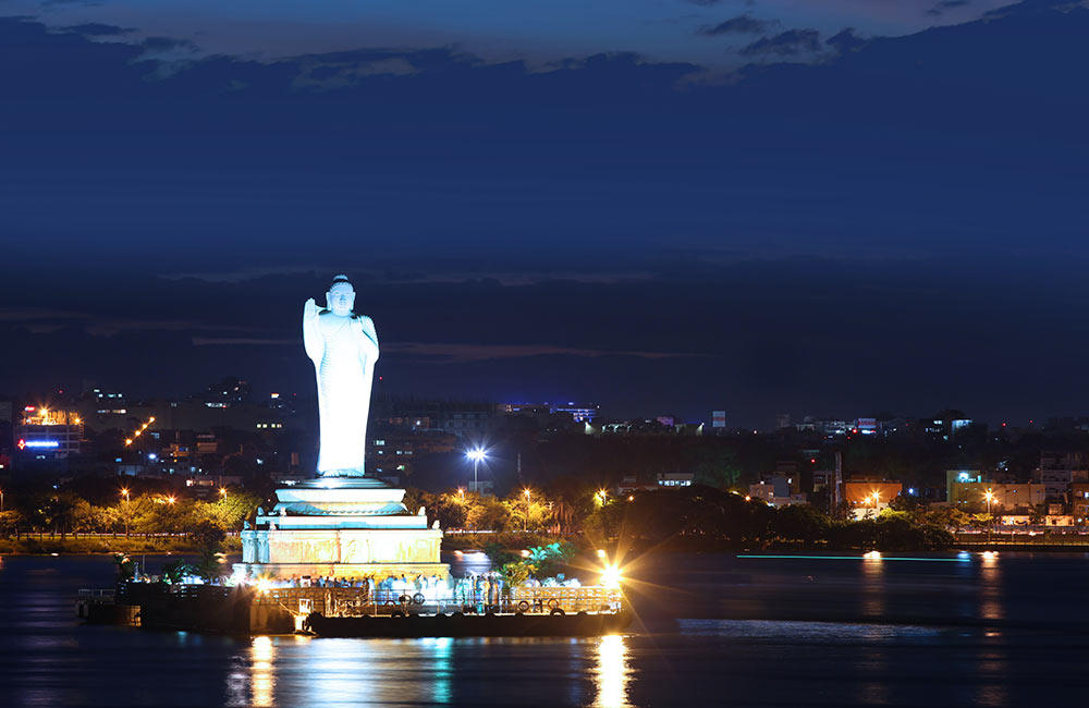 Hussain Sagar Lake and Buddha Statue | Best Hangout Places in Hyderabad