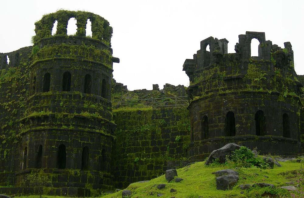 Raigad Fort | Forts near Pune within 200 km