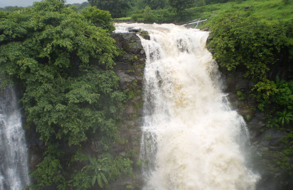 Randha Waterfalls, Ahmednagar | Waterfalls around Mumbai