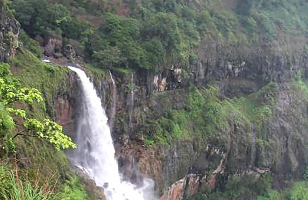 Chinaman's Waterfall, Mahabaleshwar   Among the Best Waterfalls near Mumbai within 300 km