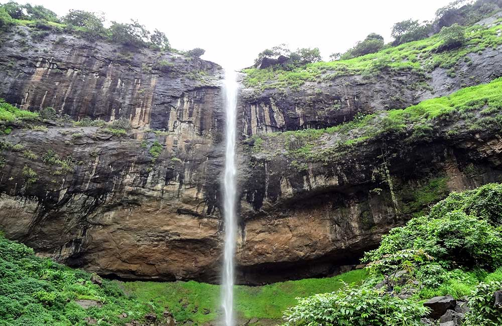 Pandavkada Fall | Among the Best Waterfalls near Mumbai within 100 km