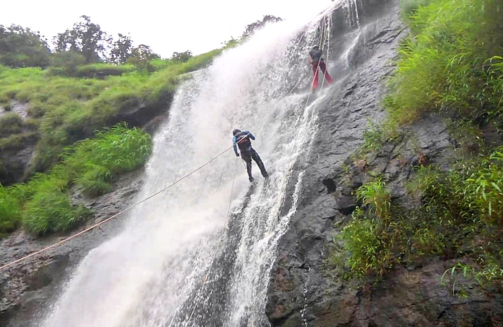 Bhivpuri Waterfalls, Karjat | Famous Waterfalls near Mumbai within 100 km