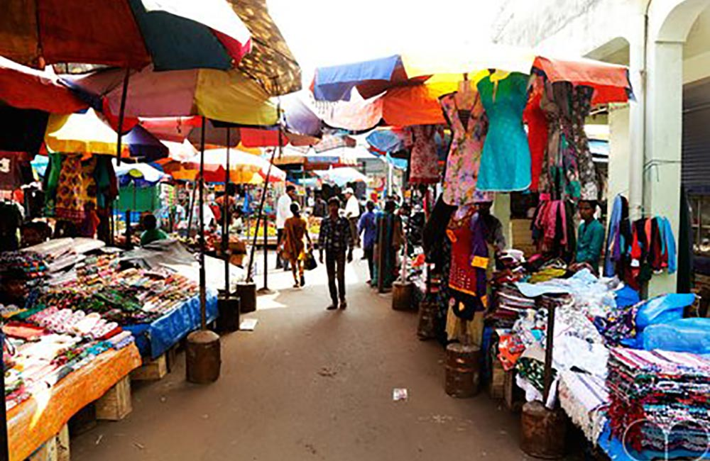 Mapusa Friday Market for Shopping in Goa