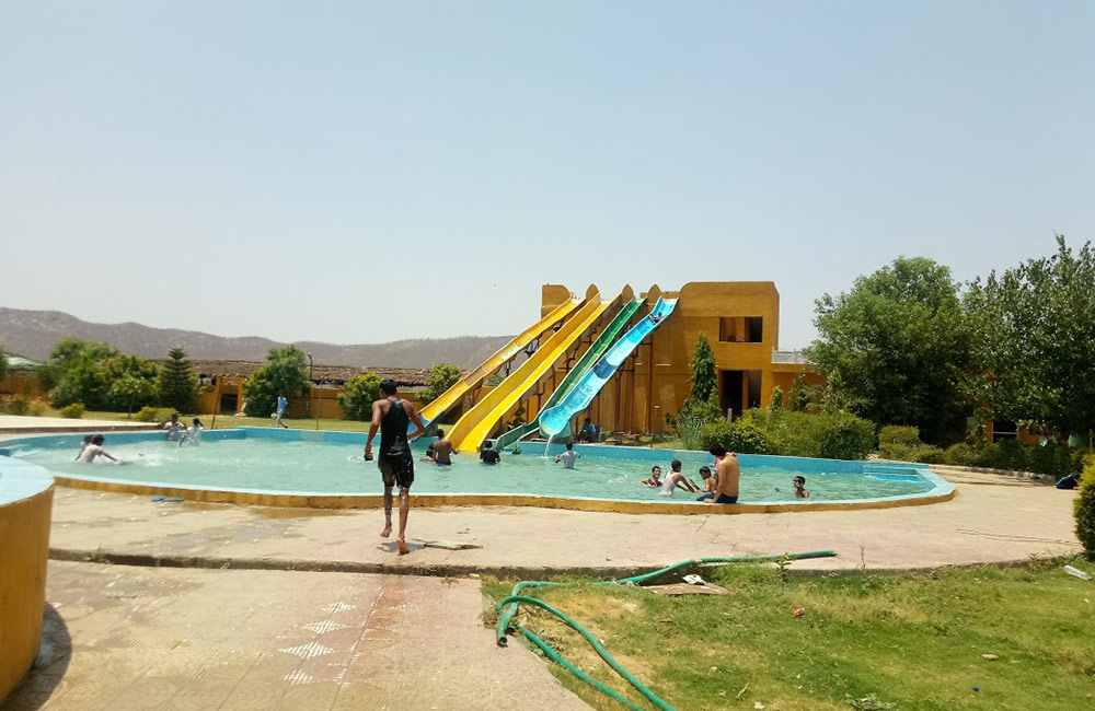 Fun Gaon Water Park in Jaipur near me