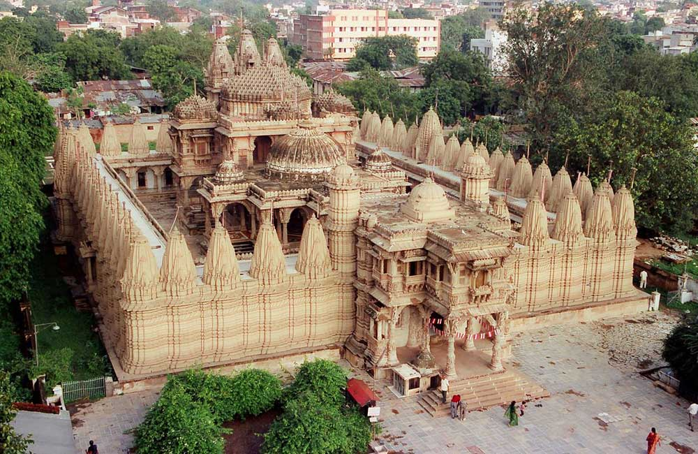 Hutheesing Jain Temple | Among the Best Tourist Places in Ahmendabad