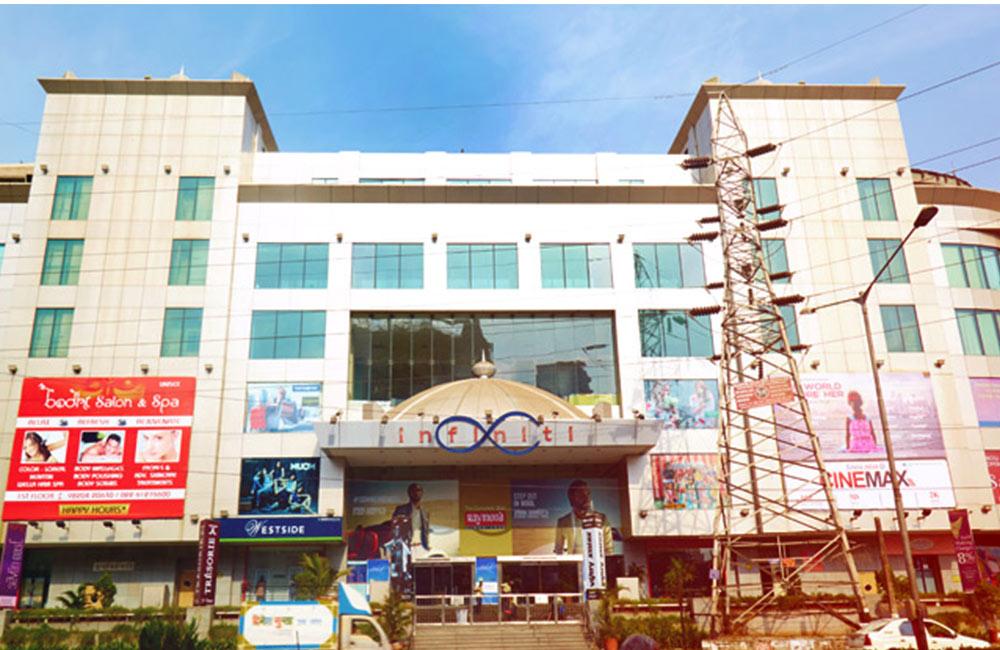 Infiniti Mall | malls in andheri west, mumbai