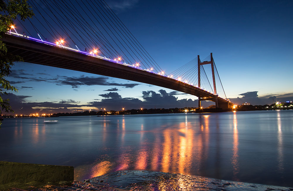 Places to Visit in Kolkata at Night | Vidyasagar Setu
