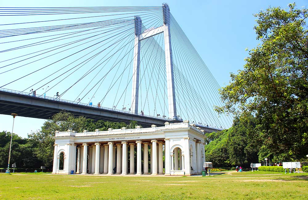 Places to Visit in Kolkata for Couples | Prinsep Ghat