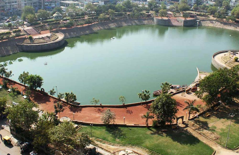 Vastrapur Lake | Among the Best Tourist Places in Ahmendabad