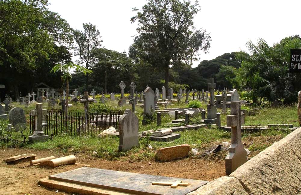 Kalpalli Cemetery | Among the 7 Top Haunted Places in Bangalore