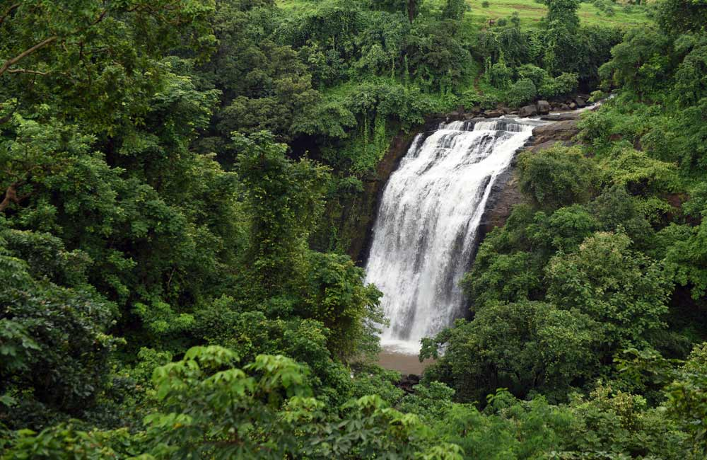 Vihigaon Waterfalls | Waterfalls near Pune within 300 km