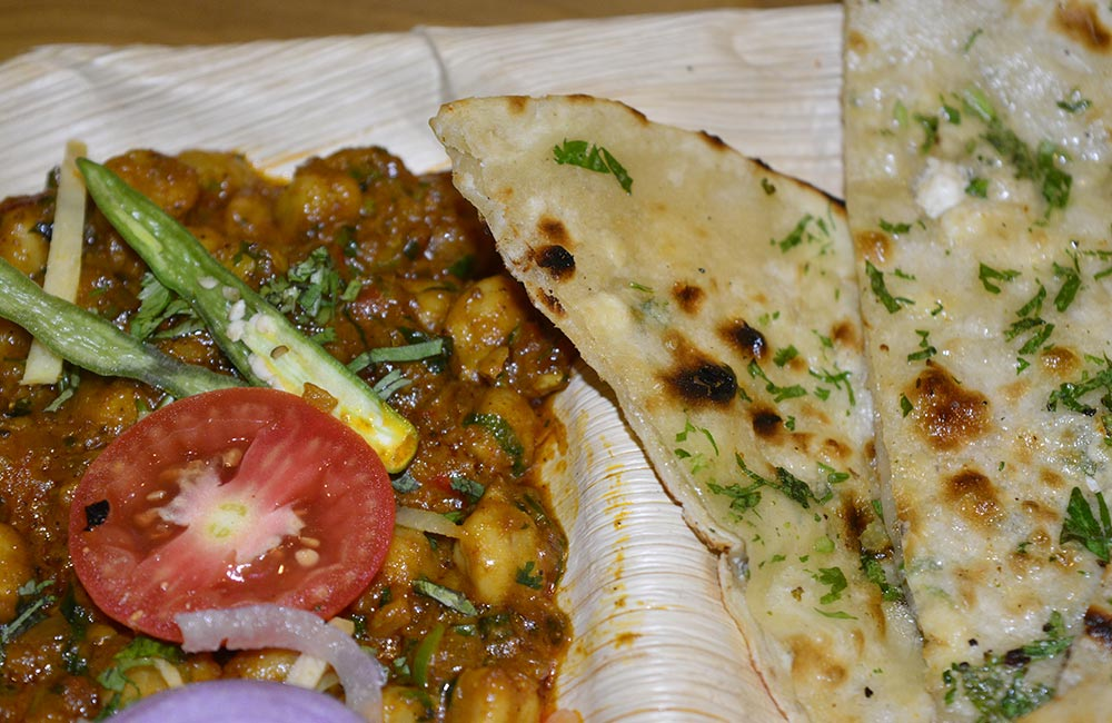 All India Famous Kulcha | Famous Veg Restaurants in Amritsar