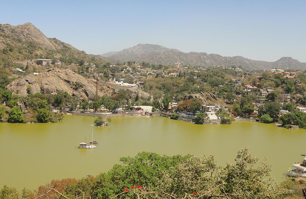 Mount Abu, Rajasthan (227 km) | Hill Stations near Ahmedabad within 300 Km