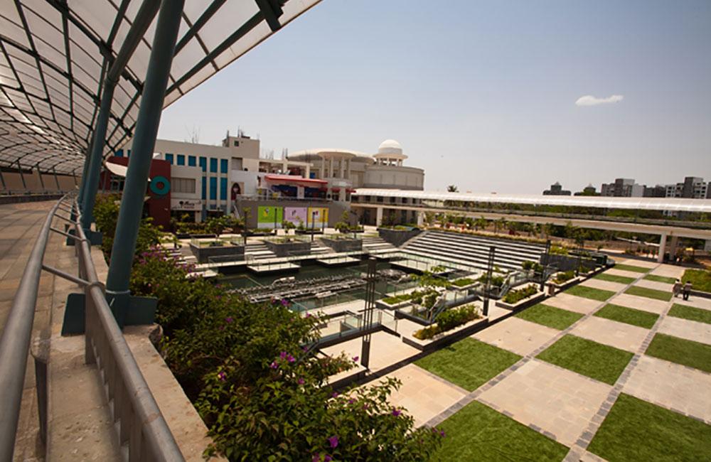 Amanora Mall, Pune