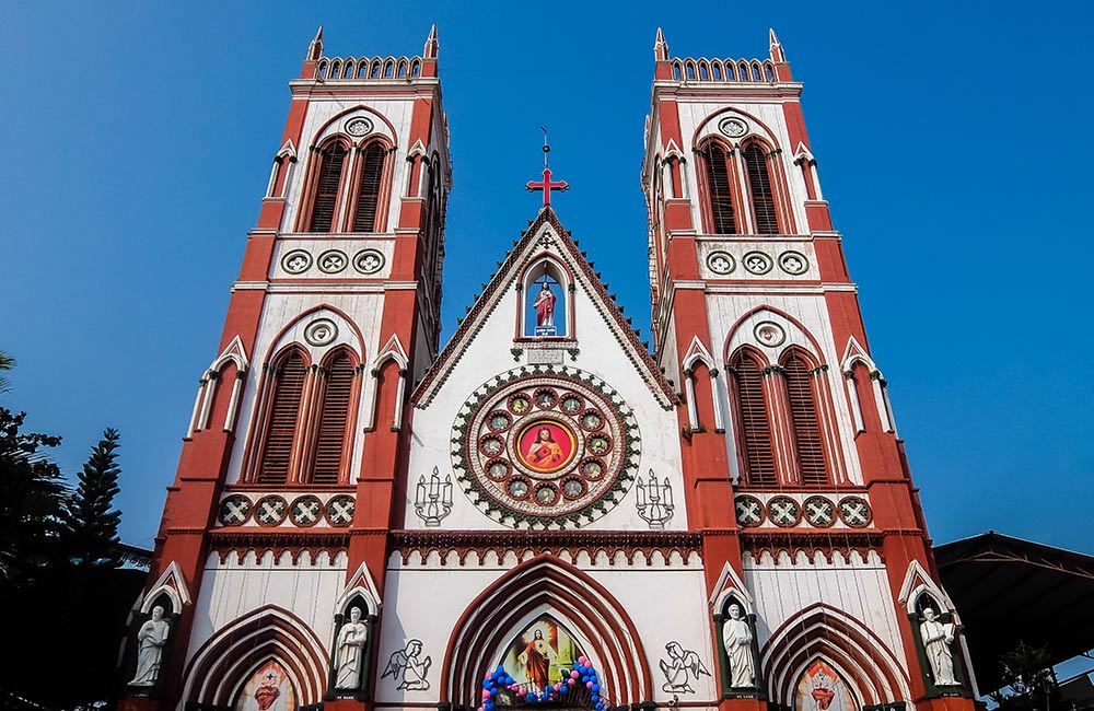 Basilica of the Sacred Heart of Jesus | churches in pondicherry