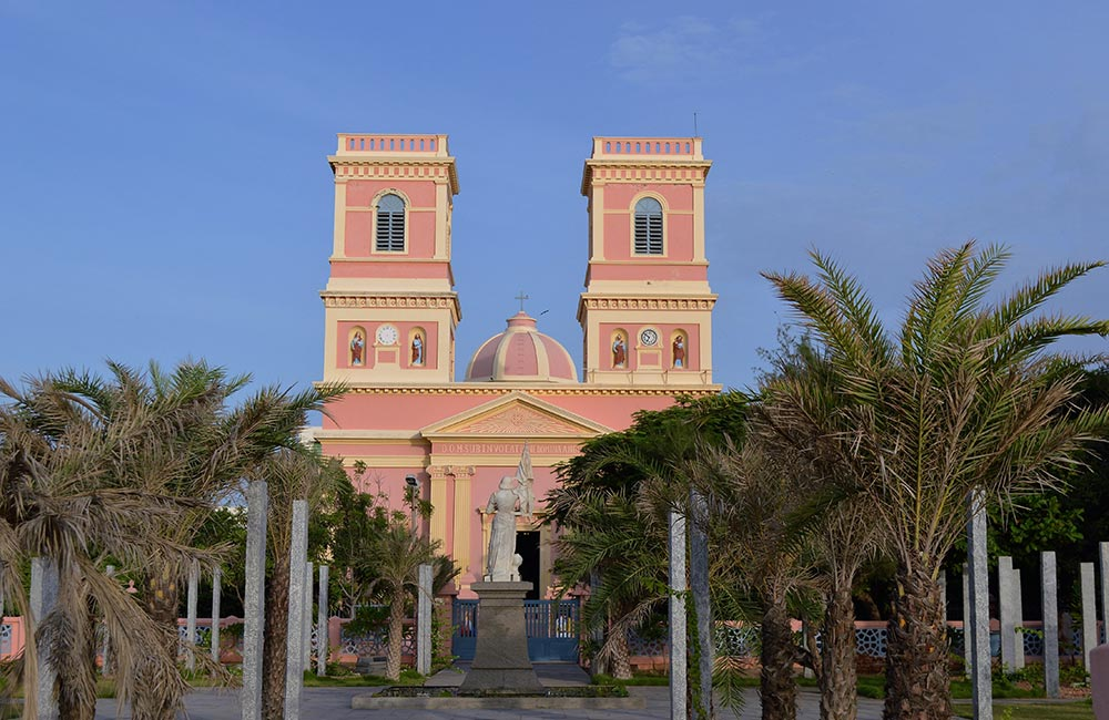 Our Lady of Angels Church | Popular churches in pondicherry